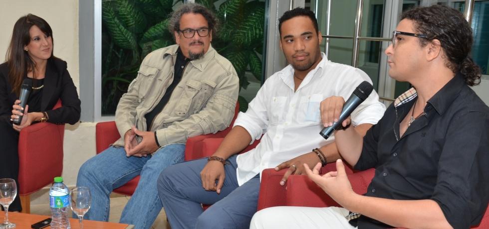 Panel-directores-de-cine-en-el-Cafe-Filo-de-la-BJB